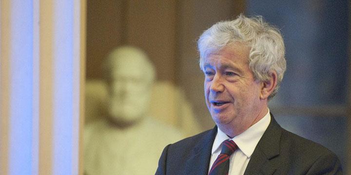 Sir Tim OShea Image